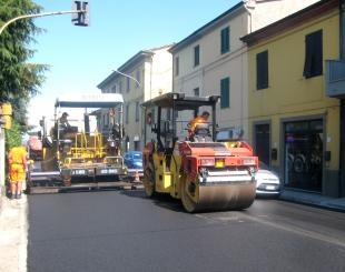 lavori asfalto via Pesciatina