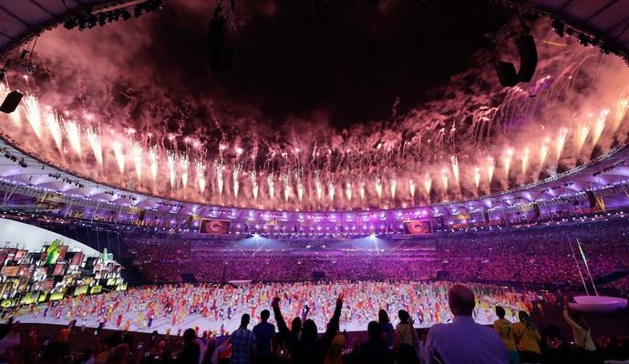 Um show de fogos e luzes (Foto: comitê olímpico do Canadá)