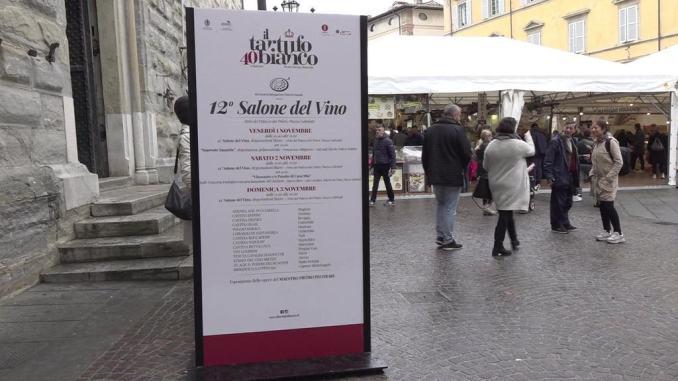 Roberto Mischianti di Perugia vince la gara di cani da tartufi con Furba