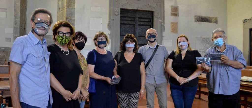 Artigiana tifernate realizza mascherine per leggere il labiale