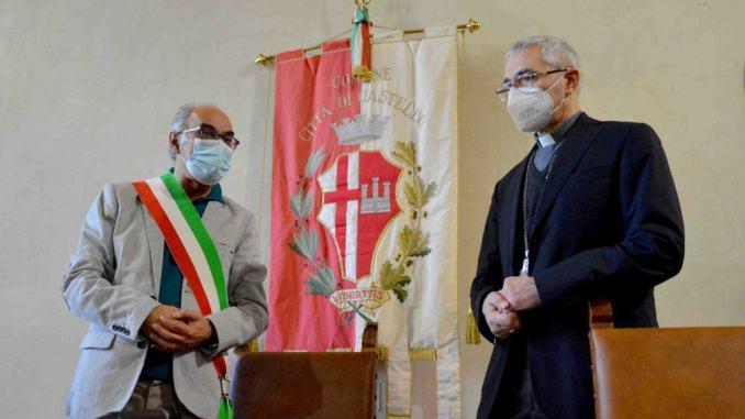 Augurio ai tifernati del sindaco Bacchetta e vescovo monsignor Cancian