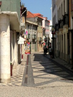 deserted-street-in-Aveiro-old-town-patterned-pavements