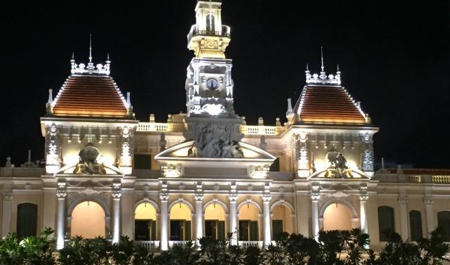 Ho-chi-minh-city-town-hall