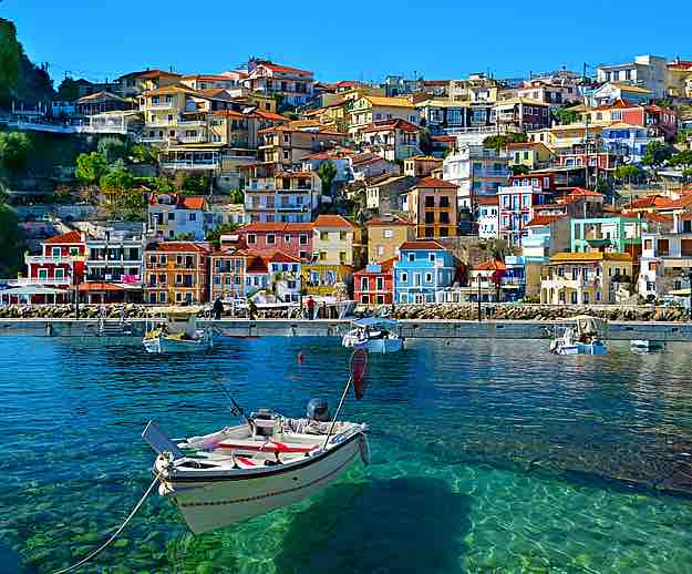 Charming_Sivota_Greece_458_908
