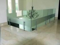 barandales de aluminio y cristal templado