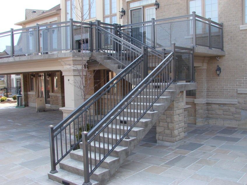 aluminum-deck-railing-system-northyork - GTA RAILINGS