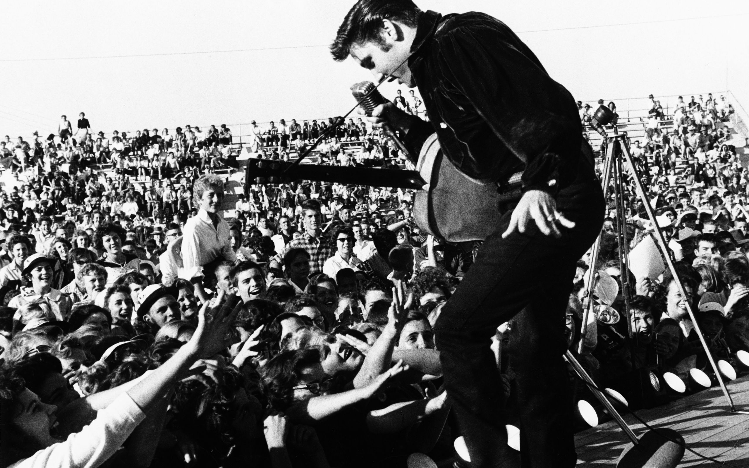 20 Things You Didnt Know About Elvis Presley EALUXE