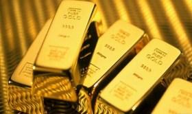 الذهب يرتفع والدولار يهبط أمام العملات الرئيسية