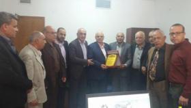 المتقاعدون العسكريون تهنئ الدكتور زكريا اللوح لتعينه مدير العلاج بالخارج بغزة