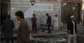 عشرات القتلى والجرحى في تفجير انتحاري استهدف مركزا لتسجيل الناخبين في كابول