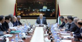 مجلس الوزراء يدعو إلى الالتفاف حول منظمة التحرير وإفشال المؤامرات وحماية قرارنا الوطني