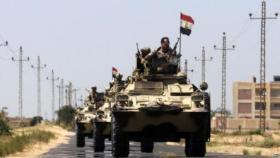 مقتل ضابط وإصابة مسؤول أمني رفيع في تفجيرين بشمال سيناء
