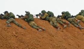 جيش الاحتلال يسحب قناصته من حدود غزة لهذا السبب