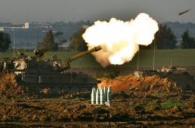 الاحتلال يقصف نقطة للمقاومة بزعم تعرضه لإطلاق نار شرق غزة