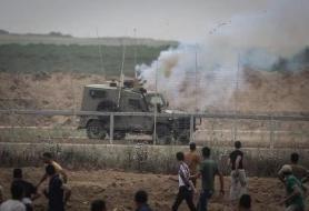 المتظاهرون الفلسطينيون يقتحمون معبر كرم أبو سالم