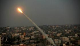 حماس: اطلاق المقاومين للقذائف رد طبيعي على جرائم الاحتلال