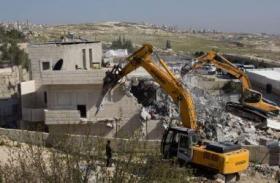 محكمة الاحتلال تُقر هدم بيوت عرب الجهالين وترحيلهم عن أراضيهم