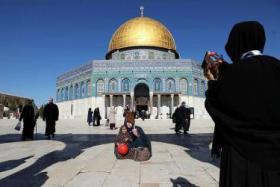 القدس تتحول إلى ثكنة عسكرية في الجمعة الثانية من رمضان