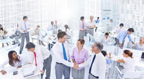 هل يمكن أن تؤثر الموارد البشرية على إيرادات الشركات ؟