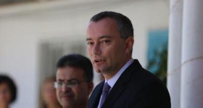 صحيفة: ميلادينوف تعهد بمنع حماس من استخدام أموال الأمم المتحدة في غزة