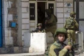 بالأسماء.. الاحتلال يشن حملة اعتقالات بالضفة والقدس