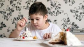 السمنة تعرض طفلك لهذا المرض الخطير