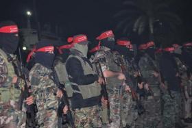 استنفار واستعراض عسكري لكتائب المقاومة على حدود غزة