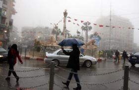 طقس اليوم: الأجواء غائمة جزئيا والفرصة تبقى قائمة لسقوط أمطار