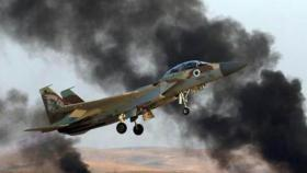 إصابة إسرائيليين إثر تحطم طائرة عسكرية داخل قاعدة نيفاتيم
