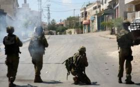 نابلس.. إصابات بالاختناق جراء هجوم المستوطنين على مدرسة عوريف