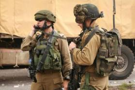 الاحتلال يعتقل فلسطيني بزعم نيته تنفيذ عملية طعن في الخليل