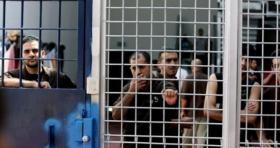 """توتر شديد في سجن """"ريمون"""" وحرق عدة غرف"""