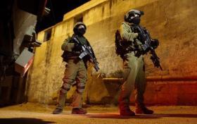 مداهمات واعتقالات في الضفة المحتلة