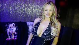 صفعة للممثلة الإباحية بخصوص علاقتها بترامب..