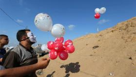 واللا العبري: حماس طورت آلية لإطلاق البالونات من غزة
