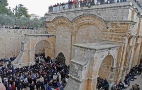 محكمة الاحتلال تمهل أوقاف القدس اسبوعا وإلا ستغلق باب الرحمة