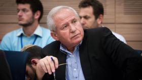 """ديختر يزعم: لولا عملية """"الدرع الواقي"""" لكان أبو مازن متحدثاً باسم السلطة"""
