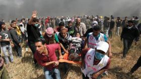 غزة.. استشهاد طفل و إصابات بقمع الاحتلال مسيرات العودة