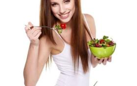 ماذا يجب أن تتناوله المراهقة في وجبة السحور؟