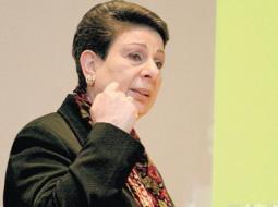 عشراوي: منظمة التحرير تمثل إرادة شعبنا وتمسكه بحقوقه غير قابلة للتقويض