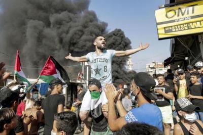 رئيس البرلمان اللبناني يعلن إلغاء قرار منع عمل اللاجئين الفلسطينيين