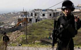 الاحتلال يخطر بوقف البناء في 3 منازل في بيت لحم