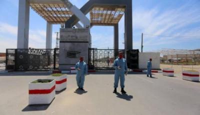العربي الجديد: تفاهمات بين القاهرة وحماس حول آلية جديدة لعمل معبر رفح