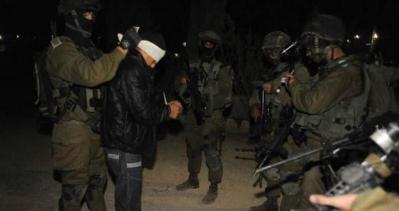 قوات الاحتلال تعتقل 17 مواطنا من القدس والضفة