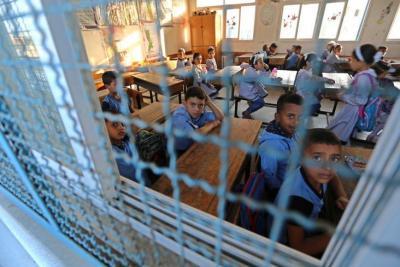 """التعليم توضح حقيقة إغلاق المدارس بـ """"قطاع غزة"""""""