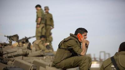 جنود في الجيش الإسرائيلي يتلقون رسائل تهديد نصية.. هذه فحواها