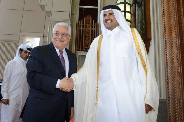 الرئيس عباس يزور الدوحة الإثنين لمقابلة أمير قطر