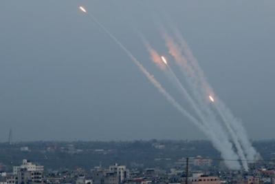 تقديرات الجيش الإسرائيلي: أزمة لقاحات (كورونا) سؤدي الى تصعيد كبير واطلاق الصواريخ من غزة