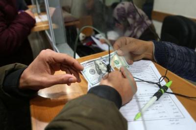 """التنمية بغزة توضح الفئات المستفيدة من صرف """"المنحة القطرية"""""""