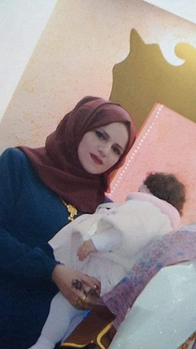 الفتاة نور ماهر وابنتها تاليا محمد ترابي